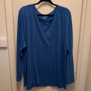 Long sleeve tee with choker detail.